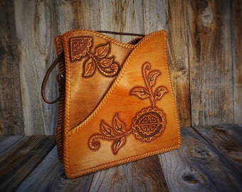 Vintage Purse Hand Tooled, 1960s Leather Purse with Flower Detail