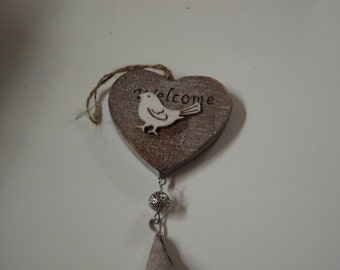 Heart Shped Welcome Bird Plaque