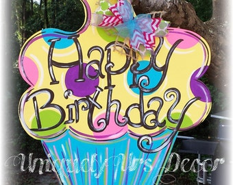 Cupcake Door Hanger, Birthday Door Hanger, Door Hanger