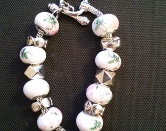 Pink and White Floral Charm Bracelet