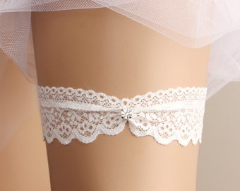 wedding garter, bridal garter, lace garter, white garter, rhinestone garter, toss garter, bridal accessories,