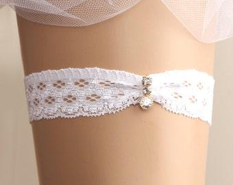 wedding garter, bridal garter, lace garter, white garter, rhinestone garter, toss garter, bridal accessories,