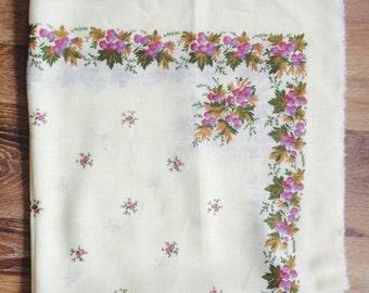 Russian scarf  , babushka scarf  russian shawl. Vintage Wool Shawl.Russian Scarf .floral scarf. Russian Floral Shawl