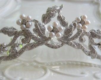 "Stunning Vtg Bridal Tiara Comb Jewel Encrusted ""Princess Bride"""