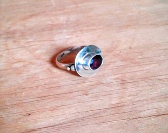Vintage sterling silver ring red stone 925 silver size 6.25