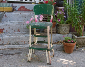 Cosco Step Stool, Late 1940s Early 1950s green Industrial Step Stool, Kitchen Seat Chair Fold Out stool, Mid Century Seating, Metal Stool
