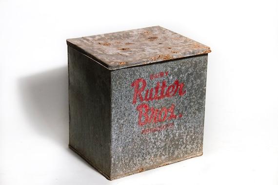 antique rutters pa galvanized milk box rutter by lloydstreasures. Black Bedroom Furniture Sets. Home Design Ideas