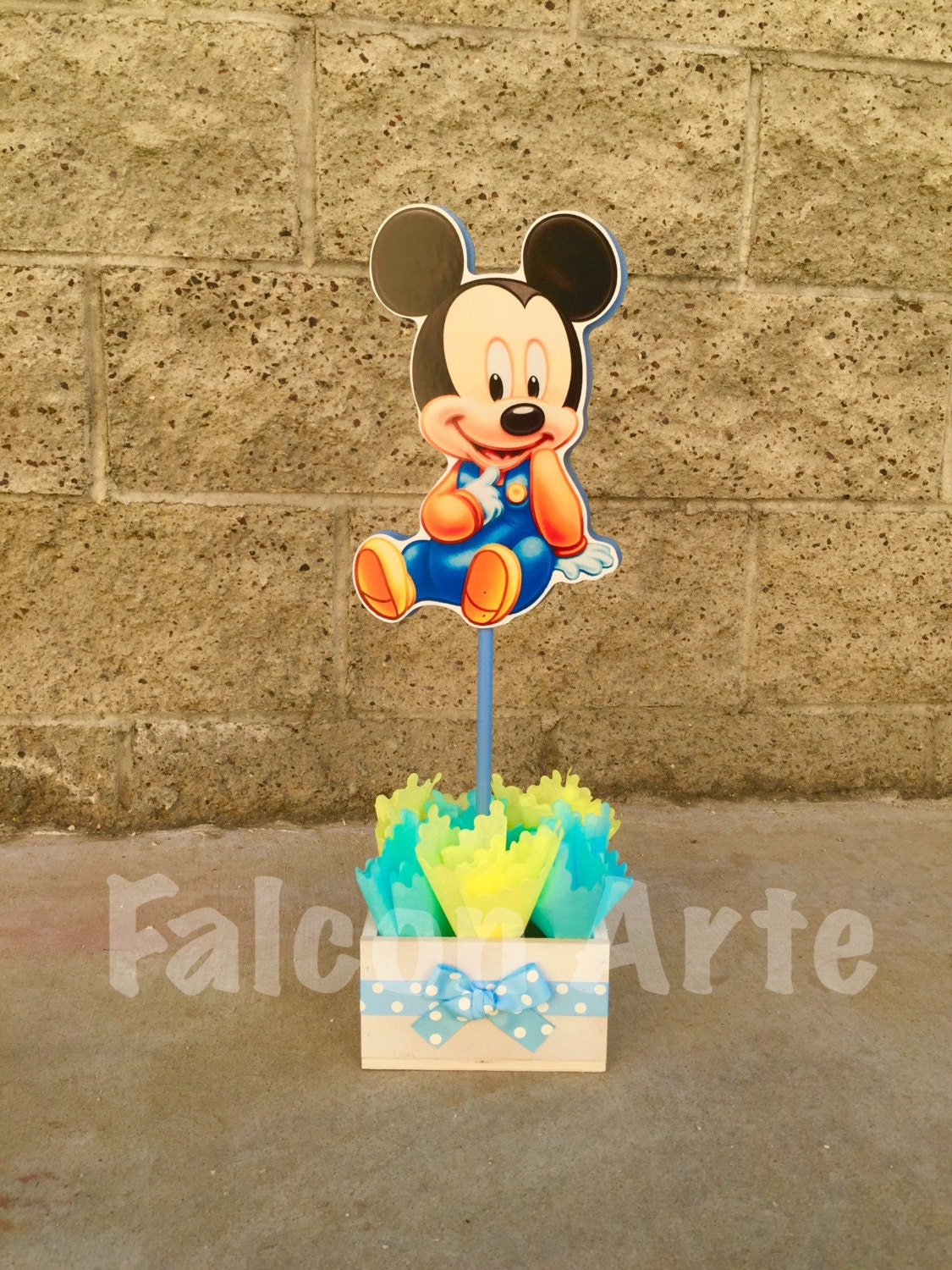 Baby mickey mouse centerpiece crafted from wood cake table for for Baby mickey mouse decoration