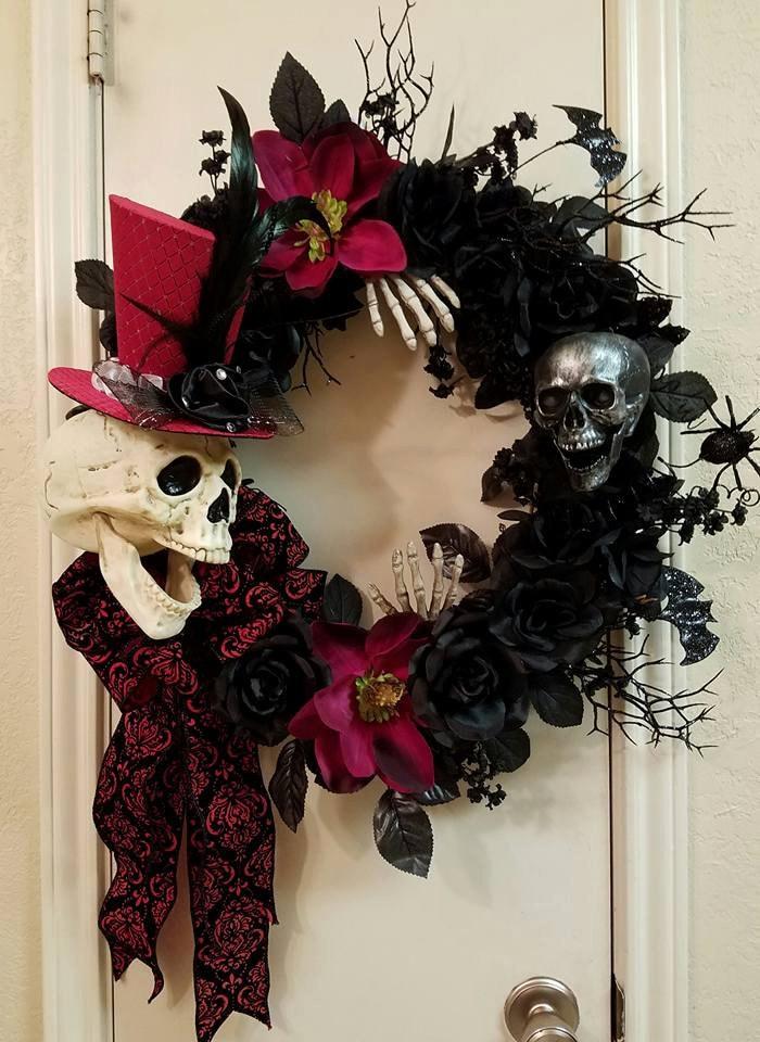 skull wreath dapper skull wreath halloween wreath grapevine. Black Bedroom Furniture Sets. Home Design Ideas