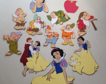 Snow White and the Seven dwarfs die cuts. 44 total cuts. Size 8-10""