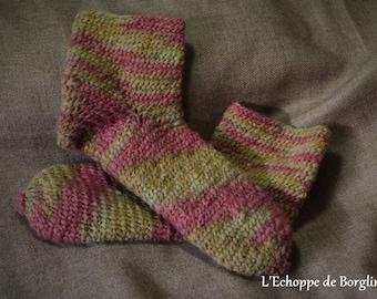 Nalbinding socks for viking reenactment - pure wool naturally dyed
