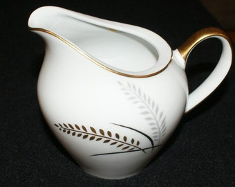 Lipper & Mann (L and M), Harvest Gold, Creamer