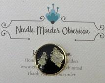 Alice & Clock Needle Minder