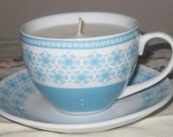 Cinnamon Bun Cup and Saucer candle