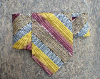 Men Tie Necklace