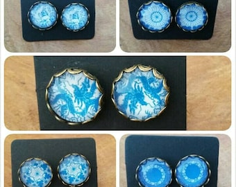 Dutch/ Blue/ Earrings / 12mm Cabochon /Bronze