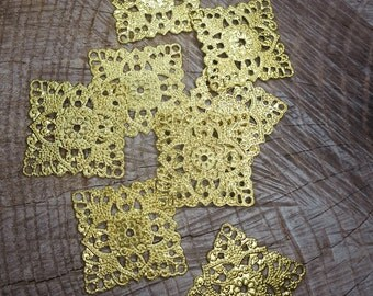 Square Stampings ~4 pieces #100470