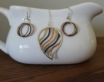 Tri colored hoop earrings