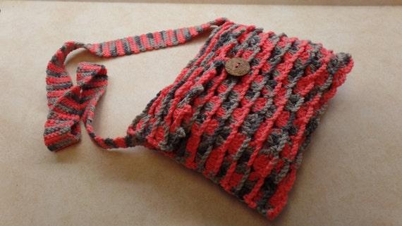 Easy Crochet Crossbody Bag Pattern : Easy Crochet shells and chains cross-body bag purse pattern