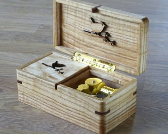Music box of Ash from Amsterdam. winding mechanism. Lullaby Brahms