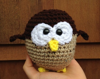 Handmade crochet owl- crochet stuffed owl ornament- owl holiday ornament- owl Christmas decor- knit plush owl