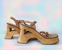 Vintage Wooden Platform Sandals - Size 8.5 Esprit Leather and Wood Strap Sandals - Boho Sandals - Heeled Sandels