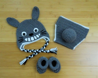 Crochet Totoro hat, diaper and booties, Totoro gift set, crochet Totoro hat, Set of 3, Baby Shower Gift ,Photo Prop
