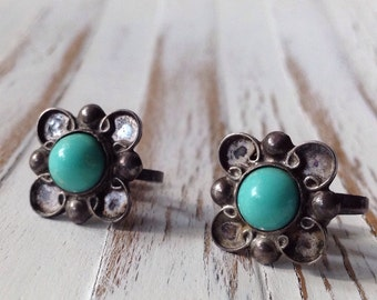 Sterling Silver and Turquoise Flower Earrings // Screw Back Earrings // Mexico Sterling