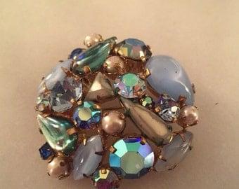 Vintage Austrian crystal rhinestone cabochon brooch