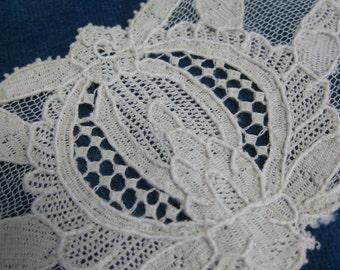 Antique Edwardian Hand Made Brussels Point de Gaze Needlepoint High Neck Lace Collar