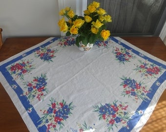 "Vintage Square Table cloth, 33"" by 34"""