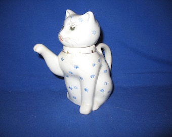 Teapot vintage Chinese cat brings luck miniature decoration 1970/80