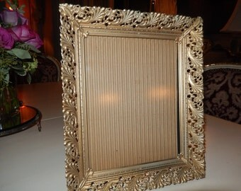 VINTAGE ORNATE PICTURE Frame