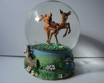 Vintage, Walt Disney's 5th Animated Classic BAMBI, Playing Bambi and Faline, Thumper and Flower, Musical, Snow Globe, Disney Collectible