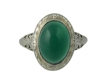Edwardian Platinum Filigree Ring with Cabochon Chalcedony