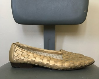 Metallic Gold Woven Vintage Leather Slip On Loafers by Cole Haan - Size 8