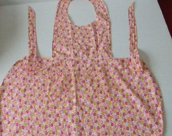 Tulip Print Full Apron, Vintage Full Apron, Retro Apron, Cottage Chic Apron, Shabby Chic Decor, Full Tie Back Apron, Vintage Kitchen Gift