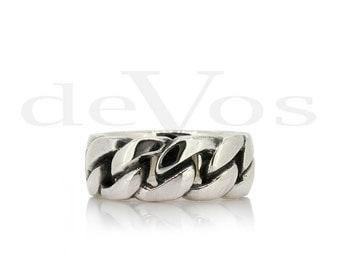 Medium Chain Link Ring
