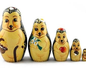 Matryoshka Matreshka Russian Nesting Doll Babushka Jerzy Hedgehogs Set 5 Pieces