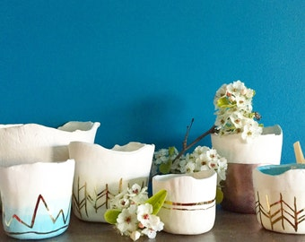 Ceramic and 22kt gold planter, size small ceramic succulent planter, apartment decor, plant holder, gold decor, minimalist decor