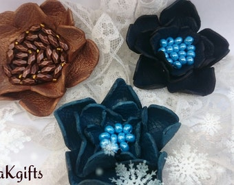 Leather Flower Brooches