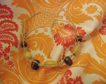 Hemp and wooden bead bracelet small
