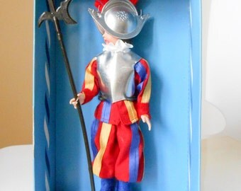 "Folk collection doll Italian 'keeper of the Pope""Guardia del Papa."