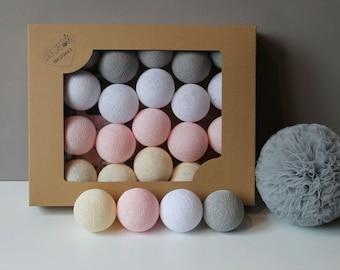 Cotton Balls White Pastel 10 items