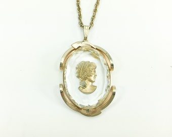 50s Glass Cameo Necklace | Cameo Glass Pendant