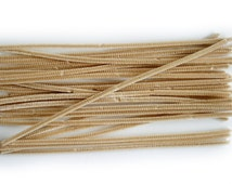 50 Pipe Cleaners for Crafts. Choose from 4 colours, Beige, White, Black, Brown