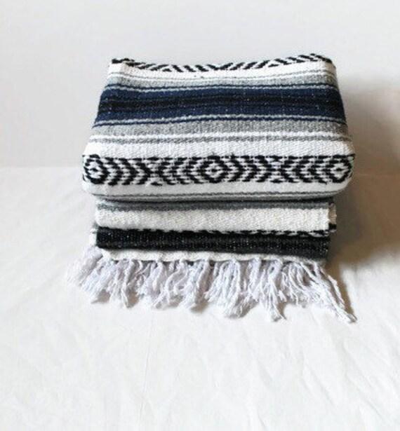 Mexican Beach Blanket: MEXICAN BLANKET // Beach Yoga Adventure Blanket Cielo Azul