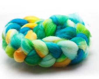 "Superwash Merino Roving A Sheep at the Wheel ""Tropical"""