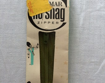 "Vintage New Conmar Dress or Neckline Zipper Spanish Moss Dark Green 10"" Nylon Coil"