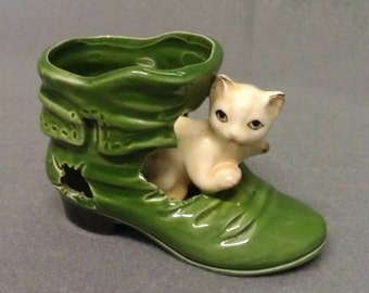 Vintage Kitty Cat in Green Shoe Figurine Shoe Holder